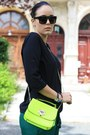 Light-yellow-neon-sammydress-bag-black-vero-moda-shirt-dark-green-zara-pants