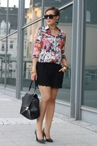 bag - shirt - Akira shorts - heels - watch