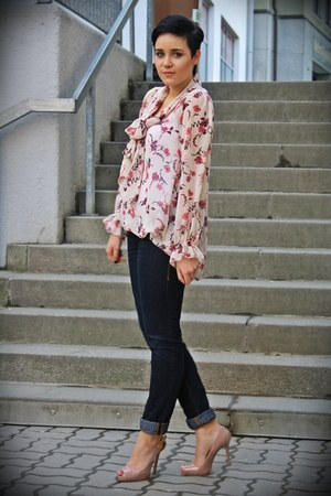 nude Primark heels - navy unknown brand jeans - salmon silk Love blouse