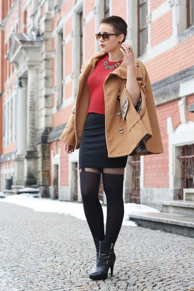 black Deichmann boots - ruby red Primark sweater - black vintage skirt