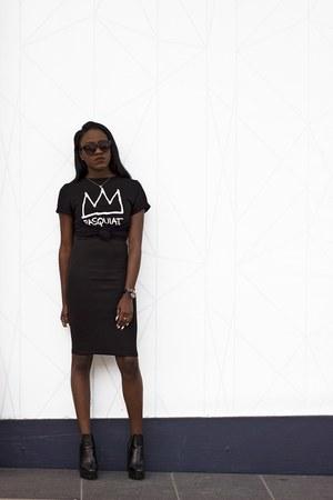 Zara boots - H&M skirt - black Forever 21 t-shirt