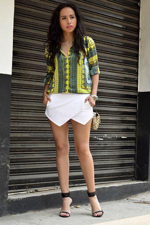 white asymmetric Zara shorts - green scarf print Zara blouse
