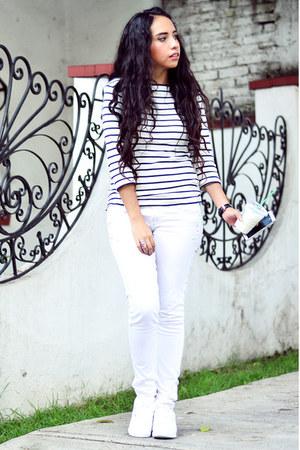 white white Bershka jeans - white white Zara top - white white Reebok sneakers