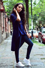 Black-jeans-zara-jeans-navy-maxi-zara-shirt-white-white-reebok-sneakers