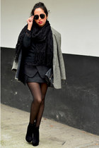 black ankle boots GoJane boots - gray oversized Julio blazer