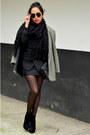 Black-ankle-boots-gojane-boots-gray-oversized-julio-blazer