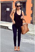 black Karen Walker sunglasses - navy zara Zara jeans