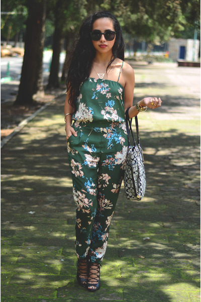 green jumpsuit Zara jumper - black Ebay sunglasses - black leather Zara heels