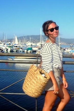 H&M t-shirt - vintage from Saint Tropez purse - H&M shorts - vintage accessories