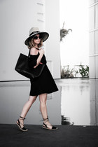 Forever 21 dress - Victorias Secret bag - Forever 21 flats
