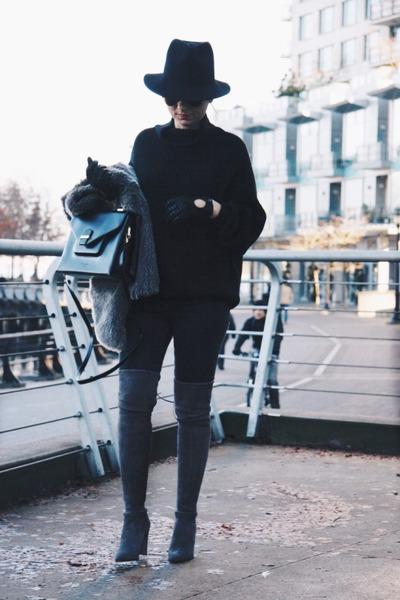 black Aritzia sweater - alllegs stuart weitzman boots - moto Topshop jeans