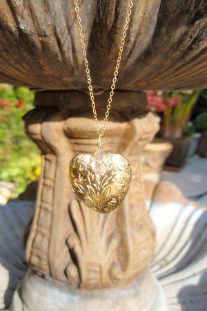 gold Aurum Iterum necklace