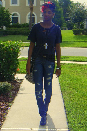 black shredded Urban Outfitters t-shirt - black oxford shoes