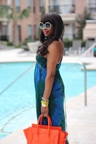 T Bags dress - Tom F sunglasses - Gucci sandals