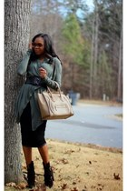 Celine bag - Gucci sunglasses - Ladyee Boutique skirt