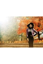 moa hat - black H&M dress - magenta SHOP IN SPAIN jacket - Bershka accessories