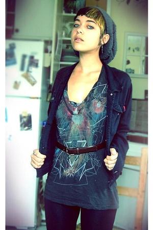 Urban outfitters sale bin shirt