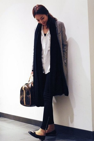 heather gray JK coat - white JLL shirt - black KLJ scarf
