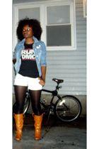 t-shirt - shorts - tights - boots - jacket