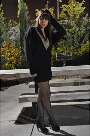 black thrift town sweater - black Dolce Vita shoes - black Forever 21 skirt - si