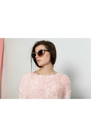 pink soft vintage sweater - Aldo sunglasses