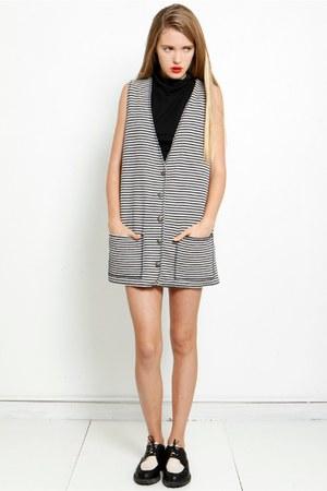 black striped vintage vest - crop top asos top - creepers nike loafers