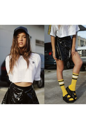 black skater lip service skirt - yellow crop top Adidas top