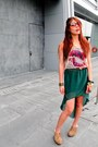 Skirt-shoes-belt-bracelet-top