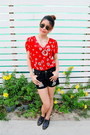 Oxford-zara-shoes-shorts-ray-ban-sunglasses-ring-necklace-zara-top