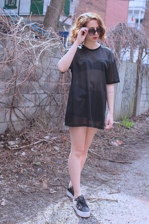 black mesh F21 MEN t-shirt - black studded Jeffrey Campbell sneakers