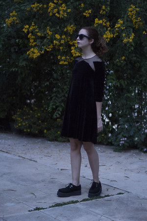 black Urban Outfitters dress