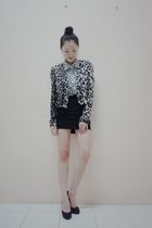 gray wwwseventeenoriginscom jacket - white wwwseventeenoriginscom blouse - black
