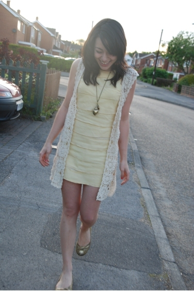 River island via clotheswap dress - vintage top - Qube shoes - Miss Selfridges a