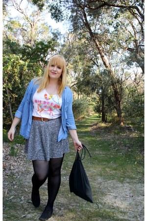 blue cotton on shirt - white Element shirt - heather gray Primark skirt