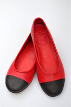 Red-leather-elf-flats