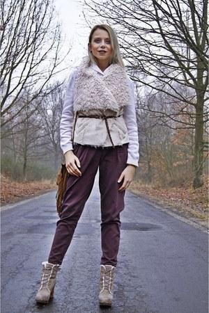 dark khaki Jeffrey Campbell boots - eggshell Atmosphere vest