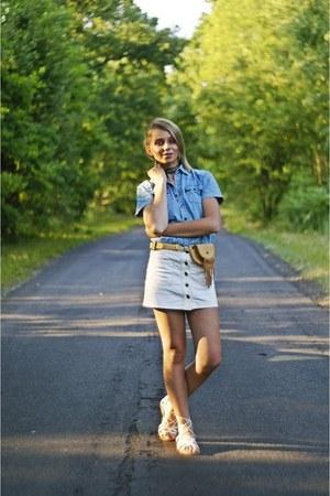 white denim Alexander Wang skirt - white leather Aldo sandals