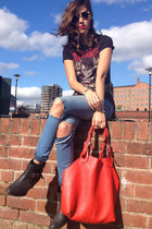 red red bag Oasis bag - turquoise blue ripped jeans new look jeans