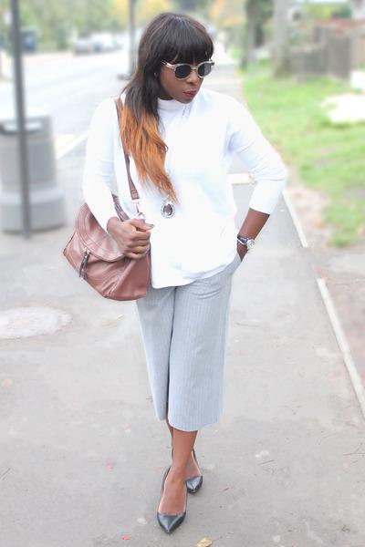white roll neck Zara sweater - brown shoulder bag warehouse bag