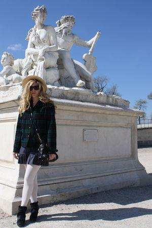 beige Les Canotiers du Marais hat - green Pendleton jacket - blue Louis Vuitton