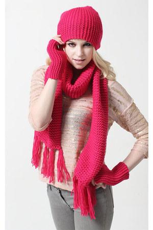 bubble gum knitting wool scarf