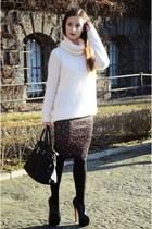 light pink Zara sweater - black Mohito bag
