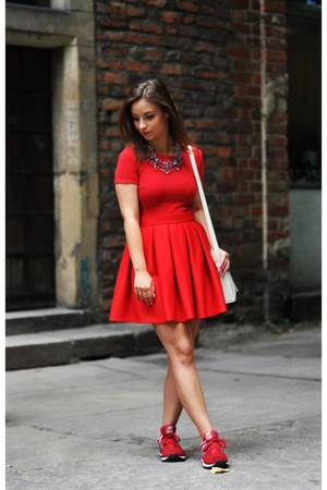 red Zara blouse - red New Balance sneakers