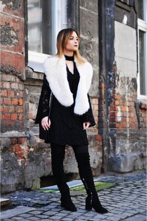 black Bershka dress - off white Zara scarf - black Kiabi bag