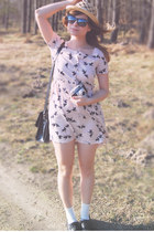black Zara shoes - ivory dove print H&M dress - eggshell straw H&M hat - black S