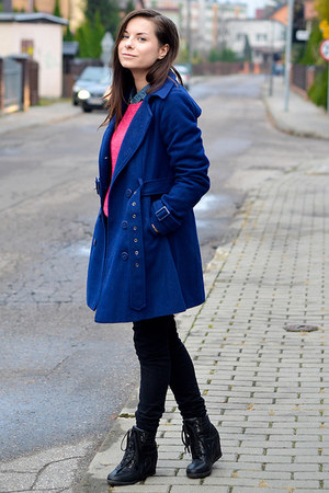 dark gray Secondhand boots - navy house coat - hot pink Secondhand sweater