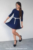 white random boutique belt - navy random brand dress - black GoJane wedges