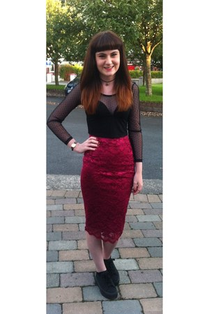 magenta Accessorize skirt