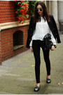 Shoes-jeans-blazer-bag-blouse