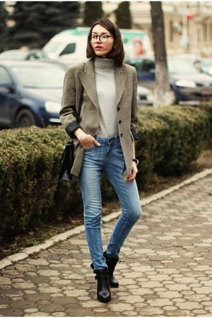 vintage blazer - Stradivarius boots - Zara jeans - vintage bag